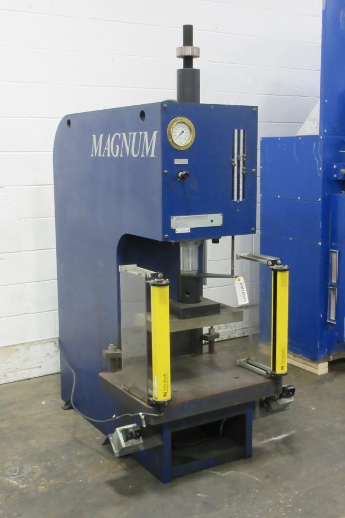 24-1/2 Ton Magnum #HBM-25A C-Frame Hydraulic Press