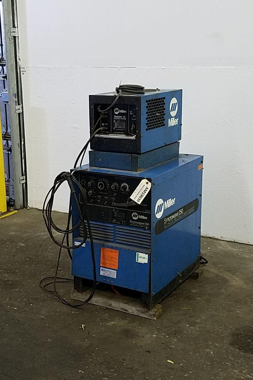 250 amp Miller Syncrowave 250 Welding Machinery