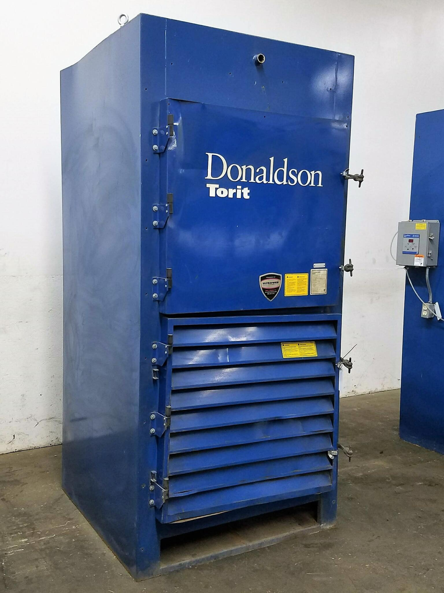 5,500 cfm Donaldson Torit #DWS6 Booth & Backdraft Dust Collector